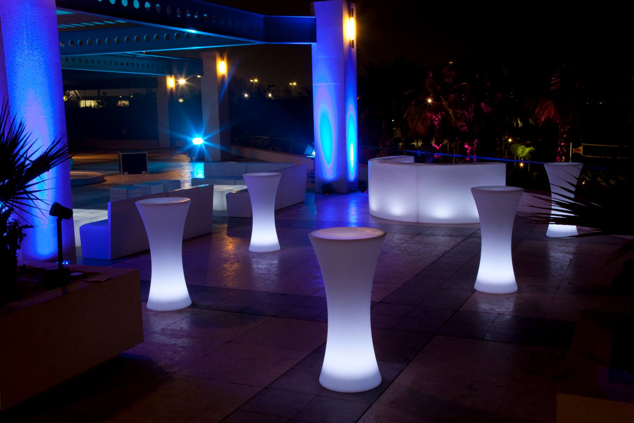 Brand New In Led Furniture 171 Well Dressed Tables News