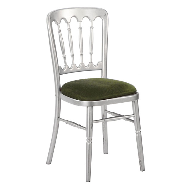 Classic Chair Silver